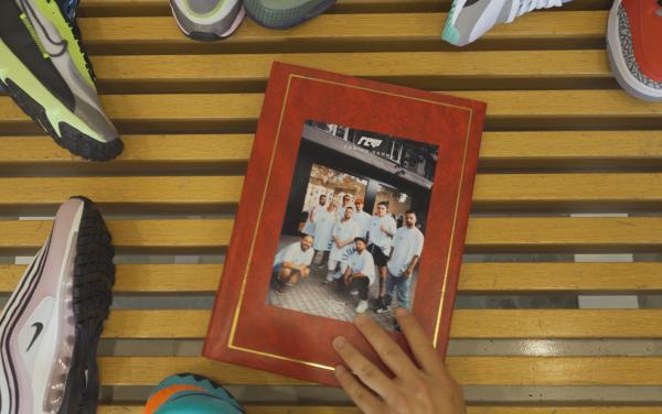 Foot Court Family Album - Епизод 1