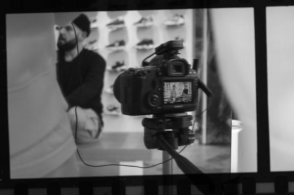 FC Sneakerheads - Сезон 3/Епизод 2 - Аксел (Част 1)